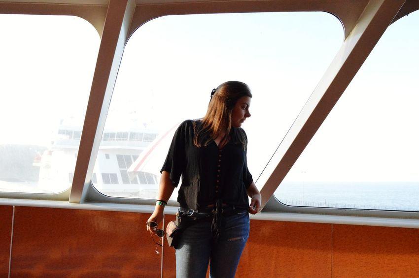 😍 Women Picoftheday Mountain Sky Casual Clothing Travel Posing Boat