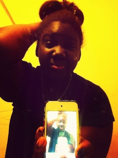 • Thatt Mirror Thouu -_________-