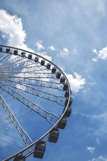 ferris wheel and white clouds in blue sky Bradleywarren Photography Bradley Olson Background Backgrounds Chicago Copy Space Room For Text The Way Forward Carnival State Fair Summer Summertime EyeEm Selects Ferris Wheel Amusement Park Ride Arts Culture And Entertainment Amusement Park Blue Sky Cloud - Sky Semi-circle Big Wheel Fairground Fairground Ride Large Round Ride Circle High Section Tall - High