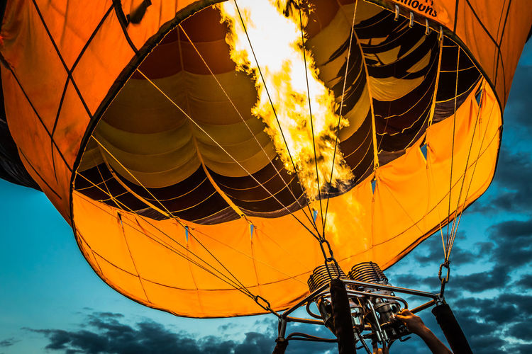 Blue Hour Burner Close-up Dusk Flame Hot Air Balloon Hot Air Balloon Glow Ignite Orange Color Yellow