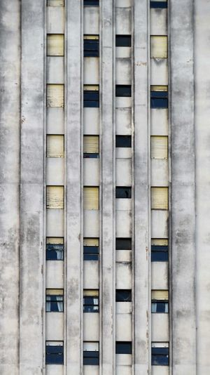 Architectural Feature Architecture Building Exterior Built Structure Day Edificio Alas Façade Full Frame Geometric Shape Neglected Architecture No People Outdoors Racionalismo Repetition Window
