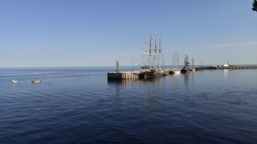 Navire FA Gauthier Ship Sailboat Sail Tall Ship EyeEm Selects Sea Water Outdoors Day Horizon Over Water No People Blue