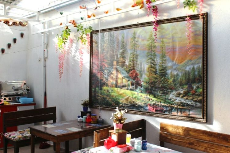 Niceplace Food Flower Greenandpink Flower Indoors  Window No People Multi Colored Architecture Statue Day