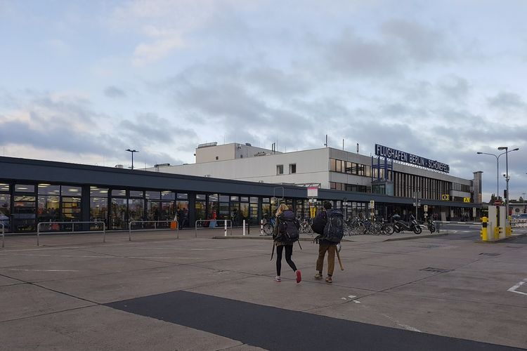 Schönefeld Airport Travel Architecture Backpackers Building Exterior Built Structure Cloud - Sky Day Full Length Journey Outdoors People Real People Schonefeld Sky Turist Walking Discover Berlin The Week On EyeEm