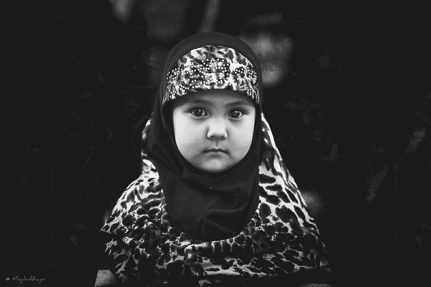 Portrait Popular Photos Canonphotography By_me :) :) :) Photography Canon5DIII Taking Photos First Eyeem Photo Photo Blackandwhite Photography