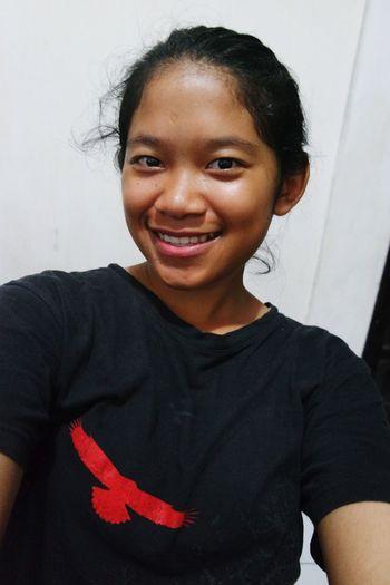 Girl in black😎