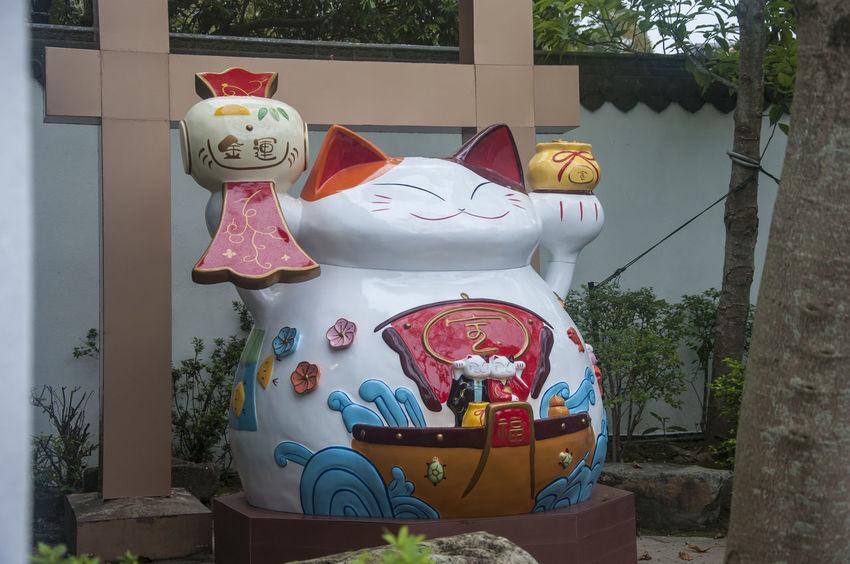 Cat Figurine  Figurine Photography Hong Kong Luck Lucky Cat Maneki Neko Ngong Ping 360 Tourist Tourist Attraction