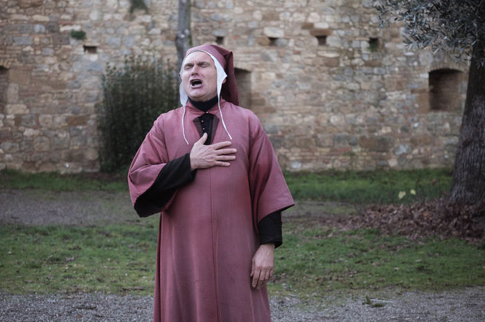 Acting Actor Adult Costume Dante Dante Alighieri Day Divine Comedy Man Medieval Outdoors Poem Poetry Pose Reciting Renaissance