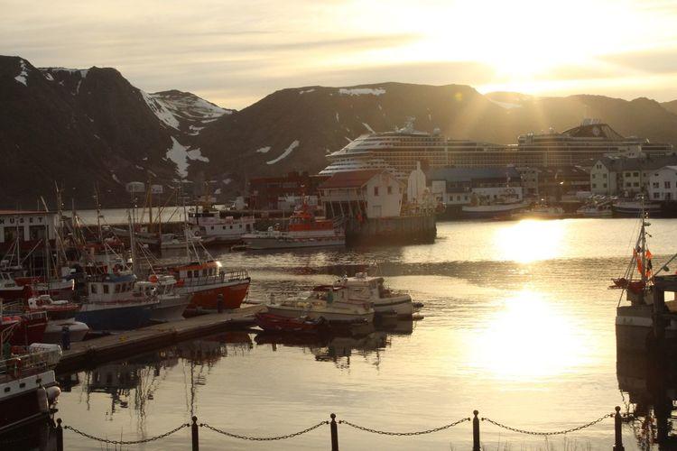 Cruise Water Sunset Nautical Vessel Iphoneonly Norway🇳🇴 Cruise Ship Msc Splendida Honningsvag Honningsvag Norway EyeEmNewHere Neighborhood Map Adventures In The City The Great Outdoors - 2018 EyeEm Awards