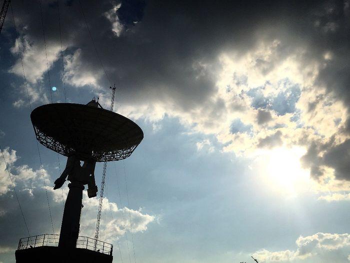 Communication Satellite Dish Global Communications Cloud - Sky