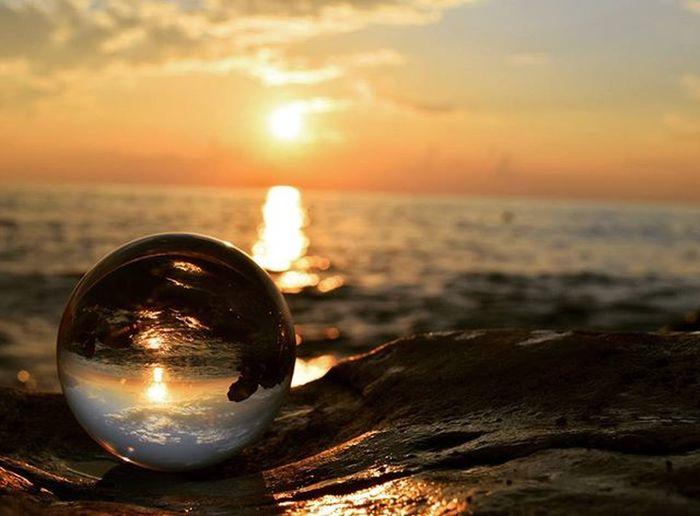 * Sonnenuntergang * Glaskugel Nikon_photography_ Sun Instagood Pic Taksforlikes Likesforlikes Water