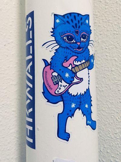Hong Kong Bar Street Art Art Sticker Cat Guitar Blue Psychedelic Raufaser