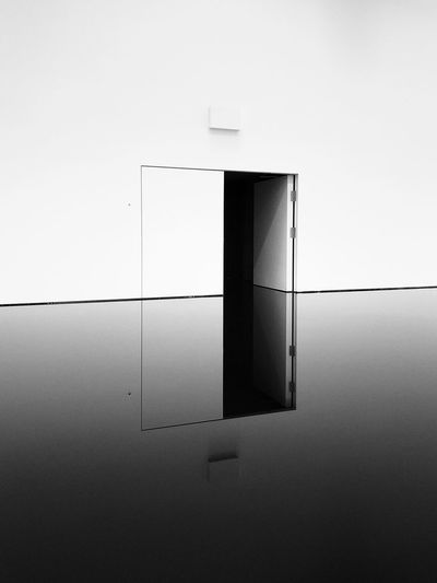 20:50 Open Art Gallery Monochrome Black And White Oil No People Built Structure Wall - Building Feature Architecture Copy Space Indoors  Door Wall Reflection The Mobile Photographer - 2019 EyeEm Awards