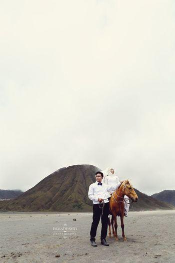 Ajeng+Fajar..🐎🗻💑 Paradesignphotography Prewedding Hello World Bromo Jawatimur INDONESIA