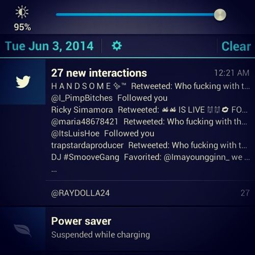 My twitter on fire ??????? go follow me @RAYDOLLA24 Finessegang