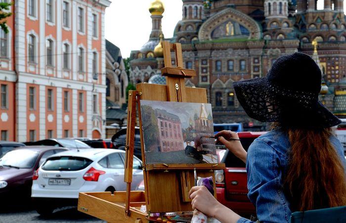восхитительный Петербург Санкт-Петербург набережная мойки Saint Petersburg Color Photography Streetphotography Embankment Church Of The Savior Blood Artist Open Air