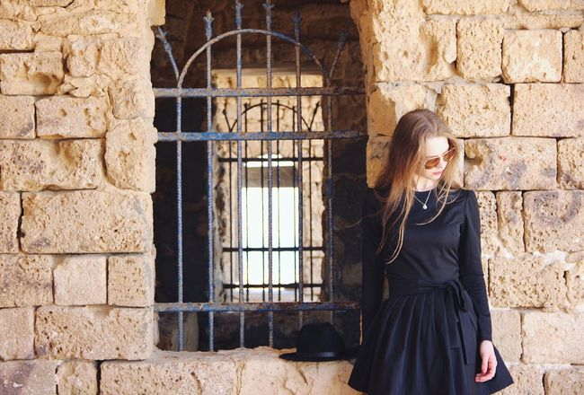 Young Adult Young Women One Person Adult Window Elégance One Woman Only Beautiful Woman Adults Only Only Women Outdoors People One Young Woman Only Women Beautiful People Smiling Beauty Wireless Technology Architecture Day Israel Oldtown