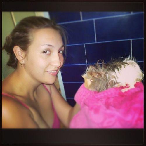 Bañando a mi cobayita hermosa ? Cobayo Beauty Pets Instagood recuerdos momentoFeliz
