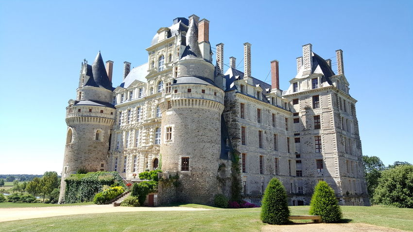 The Château de Brissac is a French château in the commune of Brissac-Quincé, located in the département of Maine-et-Loire, France. The property is owned by the Cossé-Brissac family, whose head bears the French noble title of Duke of Brissac. The château is listed as a monument historique by the French Ministry of Culture. Brissac Brissac-Quincé Castle Castles Château Château De Brissac Duke Of Brissac Fortress French French Castle Iron Chef Compitition 2016 Loire Loire Valley Medieval Medieval Architecture Medieval Castle Monument Palace Palaces Val De Loire Hidden Gems  From My Point Of View EyeEm Best Shots Frenchcastle EyeEm Gallery