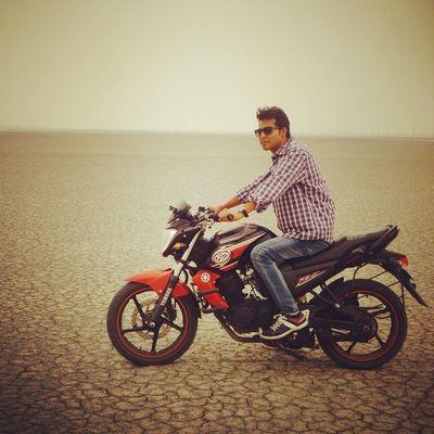 Bike Bike -trip Road -trip Manish_bagari Dead sea Gobi Yamaha Instagram Instapost Smarty Manishbagari