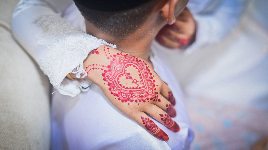 EyeEm Selects Human Hand Bride Red Close-up