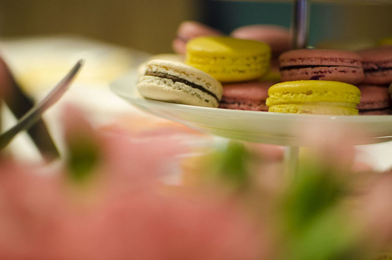 Macaroons in plate