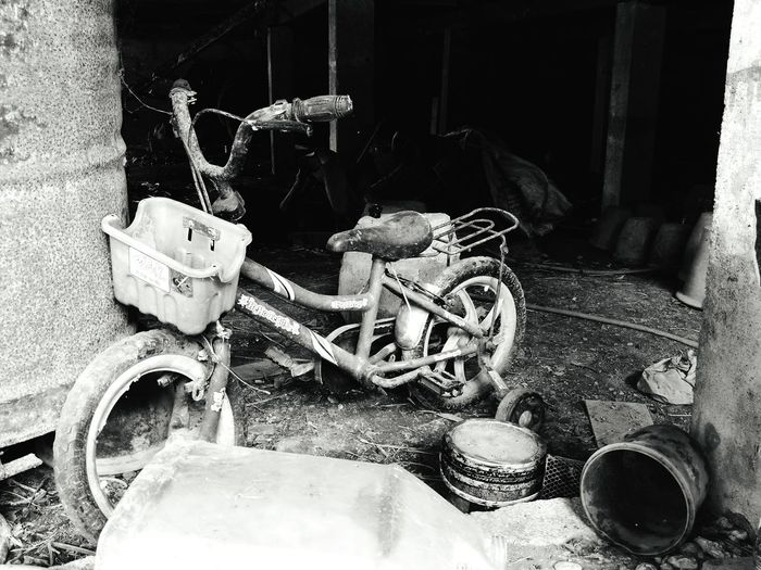 Abandoned No People Day Bicycle Rusted Metal  Old And Rusted Old And Rusty Malaysia Scenery Kampunglife Kampungku B&w Photography Blackandwhite Photography Black And White Mode Of Transport Transportation Blackandwhite No People Outdoors