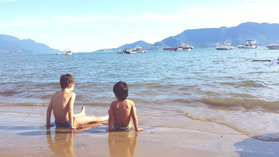 Beach Sea Vacations Tourism Togetherness Friendship Brothers Brotherhood Children Photography Childhood Memories Brazil Ilhabela Family Relaxing Time Vacation