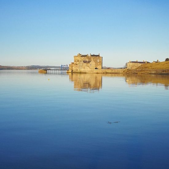 Blackness Castle Castle Bonnieprincecharlie History Outlander Scotland RiverForth Forthestuary Northsea Nordsee Architecture Scenic Scenicphotography Naturallight Nofilter Winterlight Landscapephotography Blackness BlacknessCastle Antiquity Natural Light Photography Natural Light