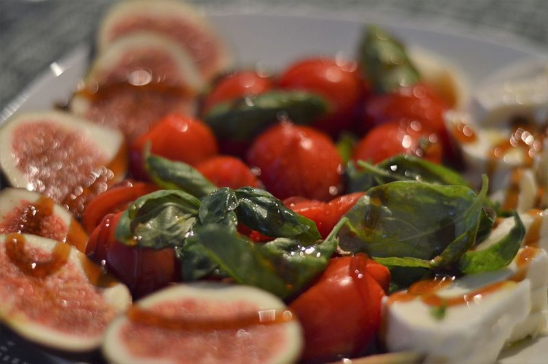 Close-up of chopped fruit salad in bowl