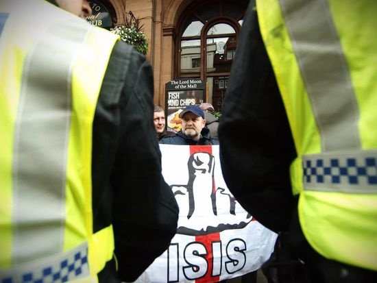 English Defence League protesters central London 01-04-2016 Metropolitan Police Zuiko Stevesevilempire Olympus English Defence League EDL Tommy Robinson Steve Merrick London London News Right Wing Racist Racism Uk Protest