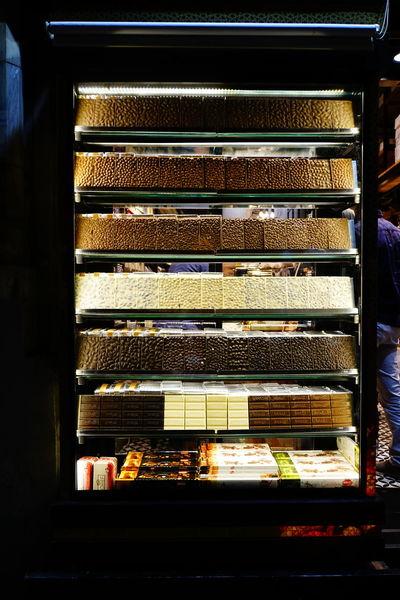 Beyoğlu Beyoğlu Chocolate Showcase Türkiye Istanbul EyeEm Selects Industry Close-up For Sale Shop Window Display Market Street Market EyeEmNewHere