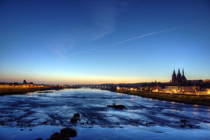 Couché de soleil à Blois Blois Loire First Eyeem Photo Sunset City Campaign River France