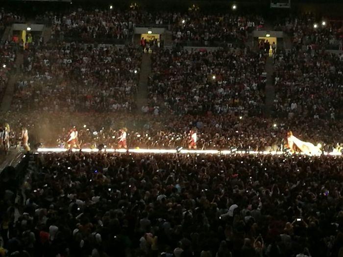 Beyoncé Concert Wembley Stadium Music Brings Us Together Lights And People Catwalk,. Concert