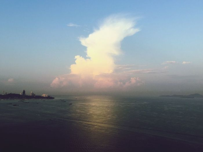 Sea Sky Nature Scenics Water Beauty In Nature Tranquility Horizon Over Water Outdoors Cloud - Sky No People Beach Cityscape Day Cloud Sea And Sky Sea Sky