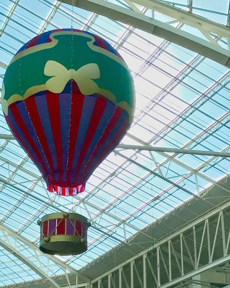 Low Angle View Green Color No People Architecture Sky Christmas Decoration Music Hotairballoon 3XSPUnity Eye4photography  Nature Plant Flower Hanging Gaylord Opryland Resort Drum Musiclover OpenEdit Open Edit Ceiling Lights Ceiling Design Check This Out Cool dDrummerEpic