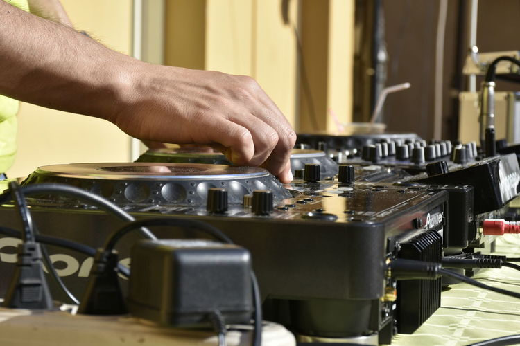 Close-up CONSOLLEDJ Hands Human Body Part Human Hand Music Music Is My Life Musician Technology