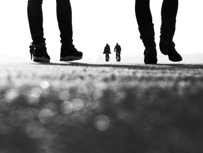 Berlin Black And White Bw Friendship Lifestyles Silhouette Tempelhofer Feld Tempelhofer Freiheit Traveling Walking first eyeem photo People And Places TakeoverContrast My Year My View BYOPaper! Discover Berlin Black And White Friday The Art Of Street Photography My Best Photo