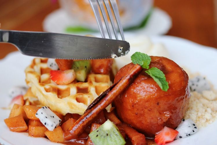 Waffle Waffles And Icecream Eating Dessert Cinnamon Apple Kiwi Strawberry Fruit Fork Close-up Food And Drink Prepared Food Served