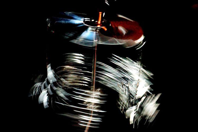 Black Background Studio Shot One Person Close-up Indoors  Syringe Laboratory Exceptional Photographs Creativity Taking Photos MotionCapture Motion Effect Night Handcraft Decorations Christmas Decorations Metallic