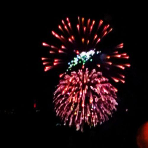 Fireworks in Tacompton .. Happy4thOfJuly Ttown TacomaWa TTownstyle Starboy StarboyStyle CauseImAStar Instagrammy Instagood Instafame