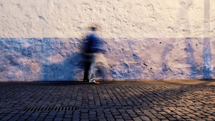 Step by step Fuji Fujifilm_xseries FUJIFILM X-T10 Tenerife La Laguna Streetphotography Street EyeEm Best Shots Eye4photography  EyeEm Gallery Eyeemphotography Islas Canarias Lensculture Callejeando Vscocam Galerieclub VSCO VSCO Cam Street Light Canary Islands Streetlife