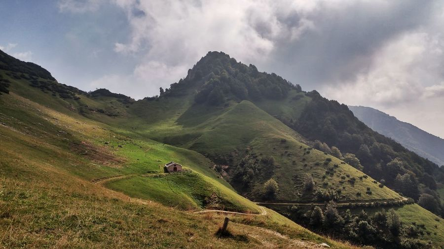 Mountain Landscape Nature Trekking Green Color Mountain Tranquil Scene Scenics Tranquility Beauty In Nature Landscape Non-urban Scene Nature Sky Green Color Solitude Outdoors