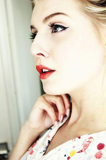 Skin white as snow, lips red like roses Snowwhite Selfportrait That's Me Hello World Eyes