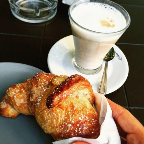 Breakfast Colazione Italianfood Croissant Cappuccino Having Fun Holiday Summer Foodphotography Foodporn