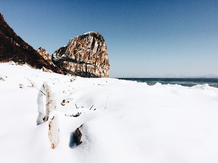 Winter Snow Cold Temperature Scenics Nature Beauty In Nature Clear Sky Tranquility Seaside Beauty In Nature Nature Clear Sky Day No People Outdoors Landscape Sky Mountain