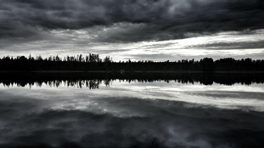 Mirrorlake