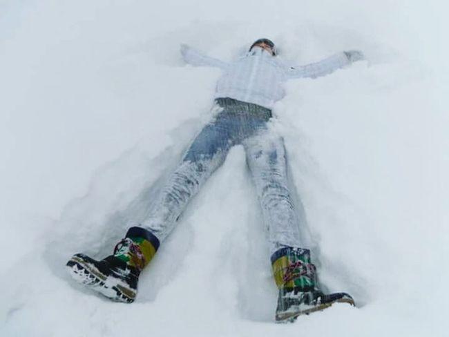 Taking Photos Snow❄⛄ Snowy Days... Snow❄ Snow Day ❄ Enjoying Life Snow ❄ Making Snowangels