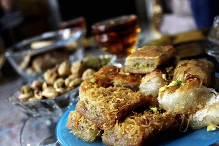 Sweet Iran Iran Worldtravelpics Worldphotos Worldtravelpic Street Food Worldwide Baclava Sweets Sweet Food Sweet Irantravel Best Food Streetfood