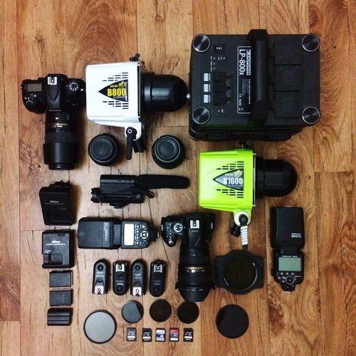 A photographer's DREAM. Hello World Check This Out Alienbees Strobes Photographer Nikon Limajamir DSLR